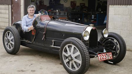 The ideal vintage car to travel to Turweston in (and no: it doesn't belong to the Editor! PHOTO: MAT