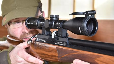 Having hunted with it i know that this is just my kind of scope.