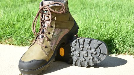 Good build quality and support makes these proper hunting boots