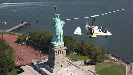 James Ketchell completes round the world flight in an autogyro