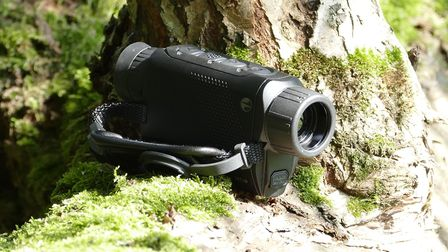 The thermal you can put in your pocket. Ideal for closer range encounters