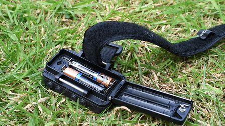 A pair of AAA batteries handle the power needs with accurate longevity predictions in the varyingly