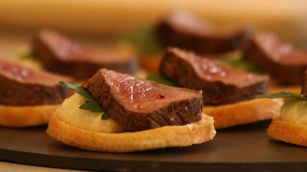 Wow your guests with these tasty little venison and horseradish cream crostini canapes!