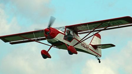 G-BZAR at Sywell (c) Pete Webber, Flickr (CC BY 2.0)