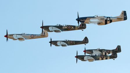 Spitfires and Mustangs (c) Airwolfhound, Flickr (CC BY 2.0)
