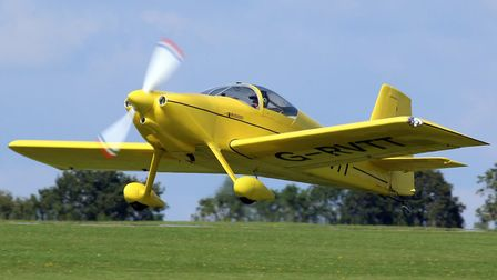 Sywell Aerodrome (c) Pete Webber, Flickr (CC BY 2.0)