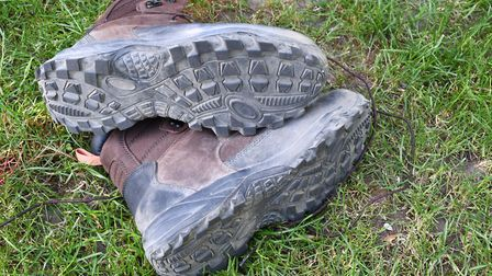 3mm tread depth on the outsole provides a silent and tactile underfoot feel to the boot