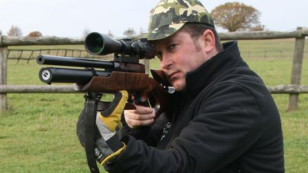 England Team shooter Simon Vant with his Hw100FSB (Back when he was young and slim)