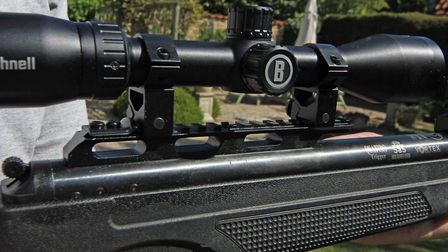 Theres an 11/22mm weaver rail attached