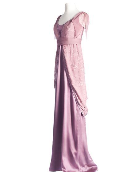 Remember this? Lady Edith looked a picture in this pink evening dress