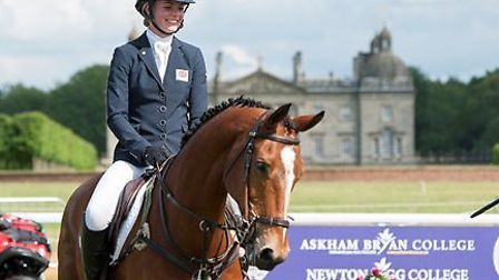 Askham Bryan continues sponsorship of British Eventing Young Riders