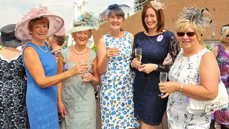 2 Angela Howgate, Margot Newton, Helen Evans, Joanne Lawrence, Prue Butterworth