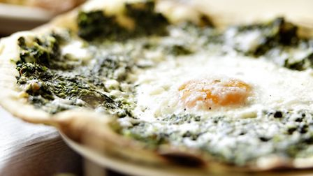 Spinach and egg pizzetta