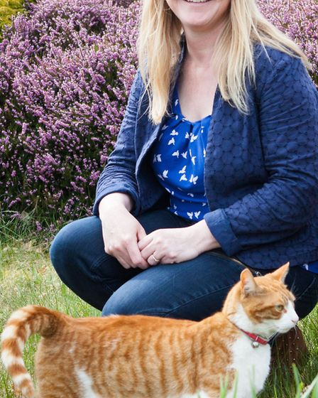 Sarah Seastron and Ginger – both think they know who's the boss at work (clue: it's not Sarah)