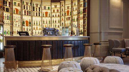 Carters Champagne Bar