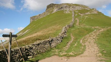 Pen-Y-Ghent by Terry Fletcher
