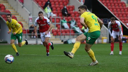 Jordan Hugill held his nerve to seal a stoppage time win for Norwich City Picture: Paul Chesterton/