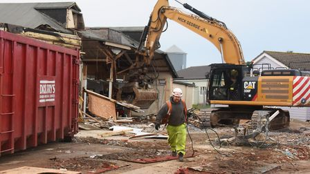 Work has started to demolish a former ballroom, dining area and entertainment centre at the Mundesle