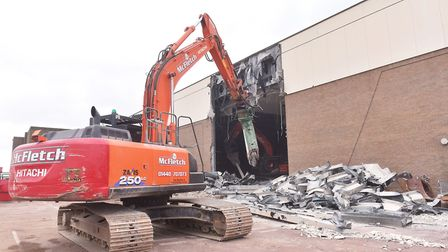 Demolition of Marina Centre in Great Yarmouth Pictures :BRITTANY WOODMAN
