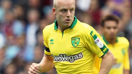 Steven Naismith is part of a Hearts' squad asked to take a 50% pay cut as the impact of coronavirus