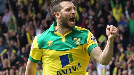 Wes Hoolahan celebrates his successful penalty for Norwich during the Championship play-off semi-fin