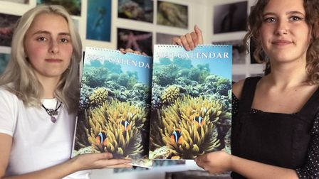 17-year-old friends Olivia Slomkowska (left) and Jasmin Pegge have produced an underwater charity fu