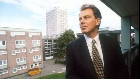 27/02/1995: Prime Minister Tony Blair visiting a Southampton housing estate.. (Photo by Jeff Overs/B