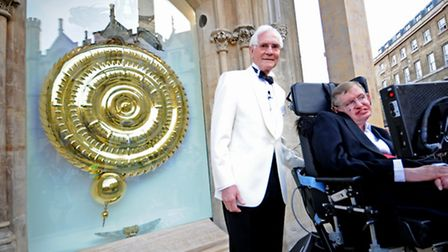 Dr John C Taylor and Professor Stephen Hawking at the unveiling of the Corpus Chronophage
