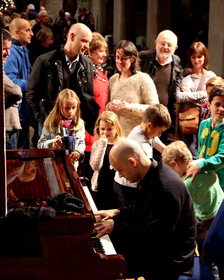 Viv McLean with young audience in Glossop Parish Church