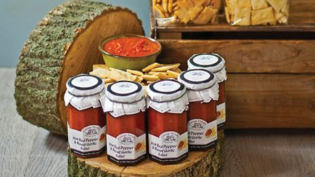 Cottage Delight dipping crackers and salsa