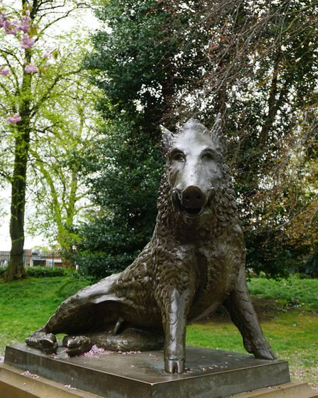The Derby Arboretum Boar unveiled in 2005 which sculptor Alex Paxton nicknamed 'Charlie'