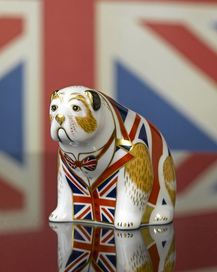 Bulldog Mood, the finished paperweight (photo: Royal Crown Derby)