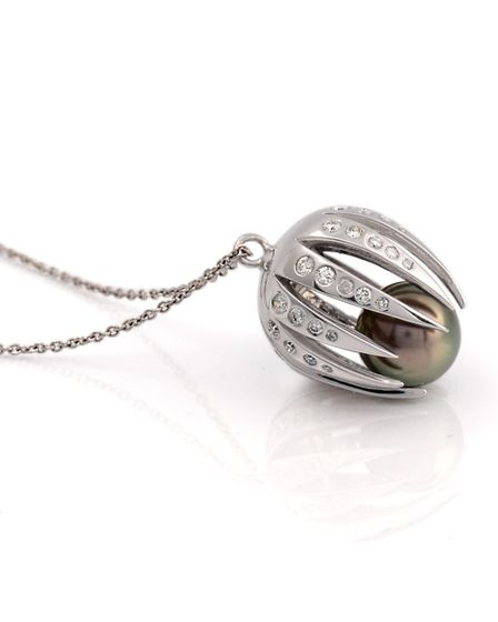 A pearl pendant designed and made by Helen Smith