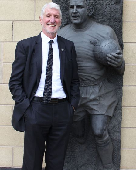 Roger remembers Dave Mackay with great respect