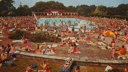 Packing them in - a classic lido view from the nostalgic 'Liquid Assets' book by Janet Smith