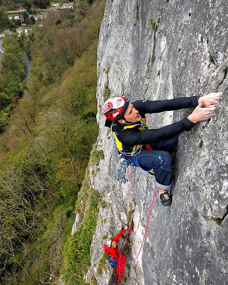 Climbing at High Tor, Matlock Photo: David Simmonite