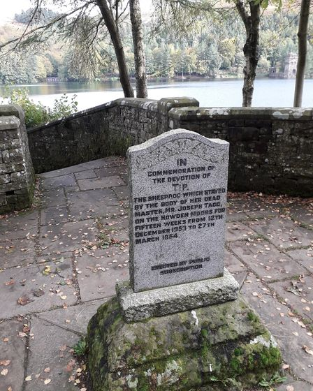 The memorial to Tip