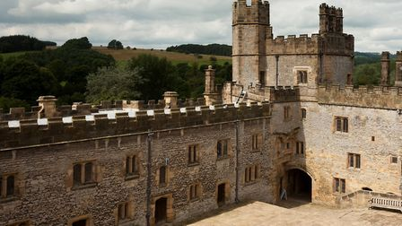 Haddon Hall courtyard