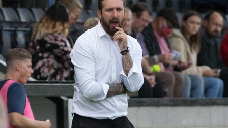 Hendon manager Lee Allinson (Pic:DBeechPhotography)
