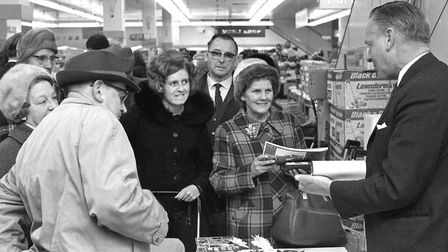 Gardening expert Percy Thrower signs books at Woolworths in Carr Street in March 1973 Picture: ARCH