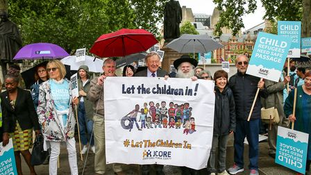 Campaigners call on the government to welcome child refugees including: Lord Dubs, Rabbi Herschel Gl