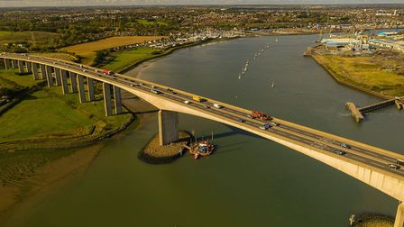 Ipswich based Red7Marine has completed a cleaning contract on the A14 at Orwell Bridge on behalf of