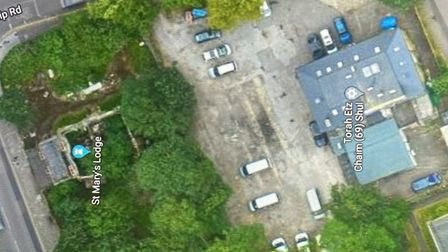 A suggested alternative site, the car park of Torah Etz Chaim Shul on Lordship Road. Picture: google