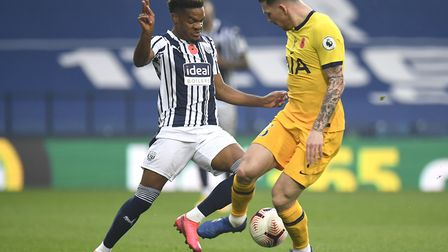 West Bromwich Albion's Conor Gallagher (left) and Tottenham Hotspur's Pierre-Emile Hojbjerg battle f
