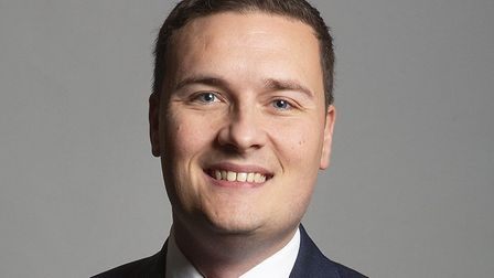 """MP Wes Streeting accuses the government of """"dither and delay""""."""