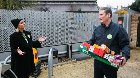 Labour leader Sir Keir Starmer visited South Hampstead Synagogue's foodbank for Mitzvah Day. Picture