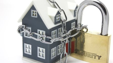 Top 5 Tops to secure your home during your summer holiday