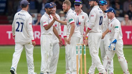 Jamie Porter of Essex celebrates taking the wicket of Tom Abell during Essex CCC vs Somerset CCC, Specsavers County...