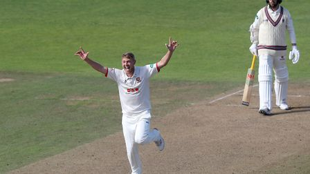 Jamie Porter of Essex appeals for the wicket of Jack Leach during Somerset CCC vs Essex CCC, Specsavers County...