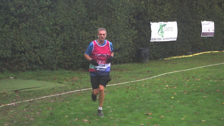 Stevenage's Ian Jackson ran 100 laps of Stevenage Cricket Club in memory of his daughter and to raise money for Tommy's.